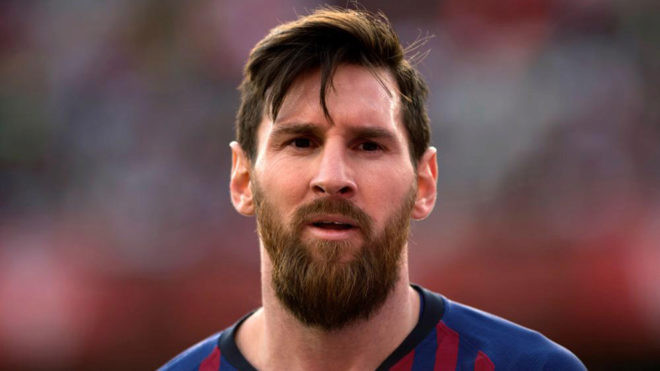 Lionel Messi Shades FC Barcelona For Throwing Luis Suarez Out