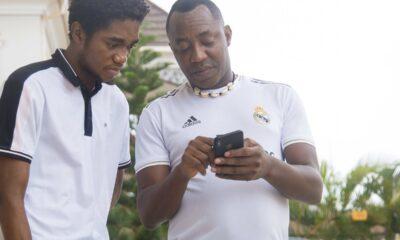 GEJ VS SHOLA : Nigerians Call Omoyele Sowore A Snake