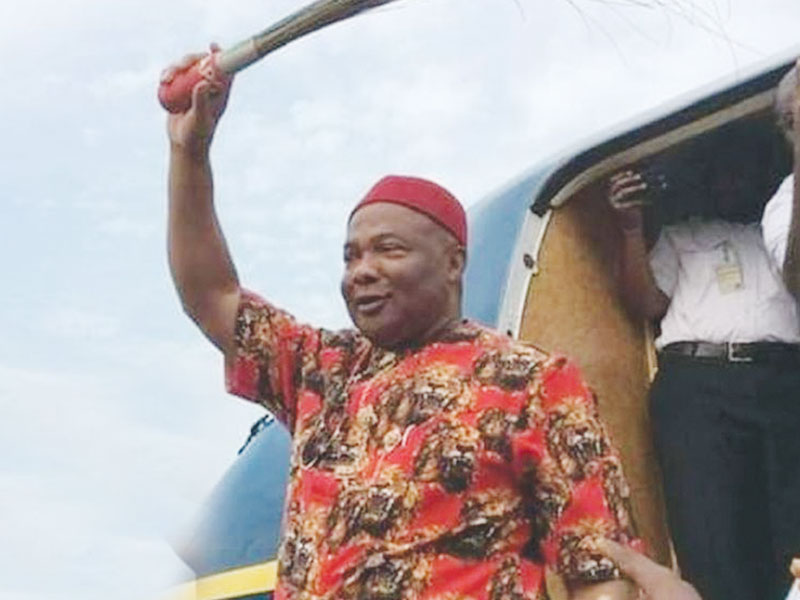 200 PDP And APGA Members In Imo State Join Gov. Uzodimma In APC