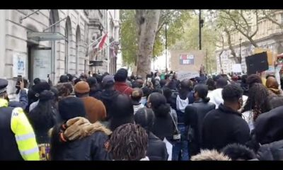 VIDEO : End SARS Protesters Surround Tinubu 's House In London
