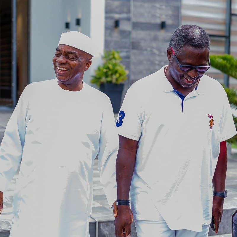 HOT PICS : Pastor Ashimolowo Hosts Bishop Oyedepo In His Mansion