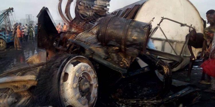 Lagos-Ibadan Expressway: Two Die, 45 Cars Burnt In Tanker Explosion